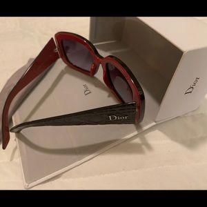 AUTHENTIC Dior logo glasses